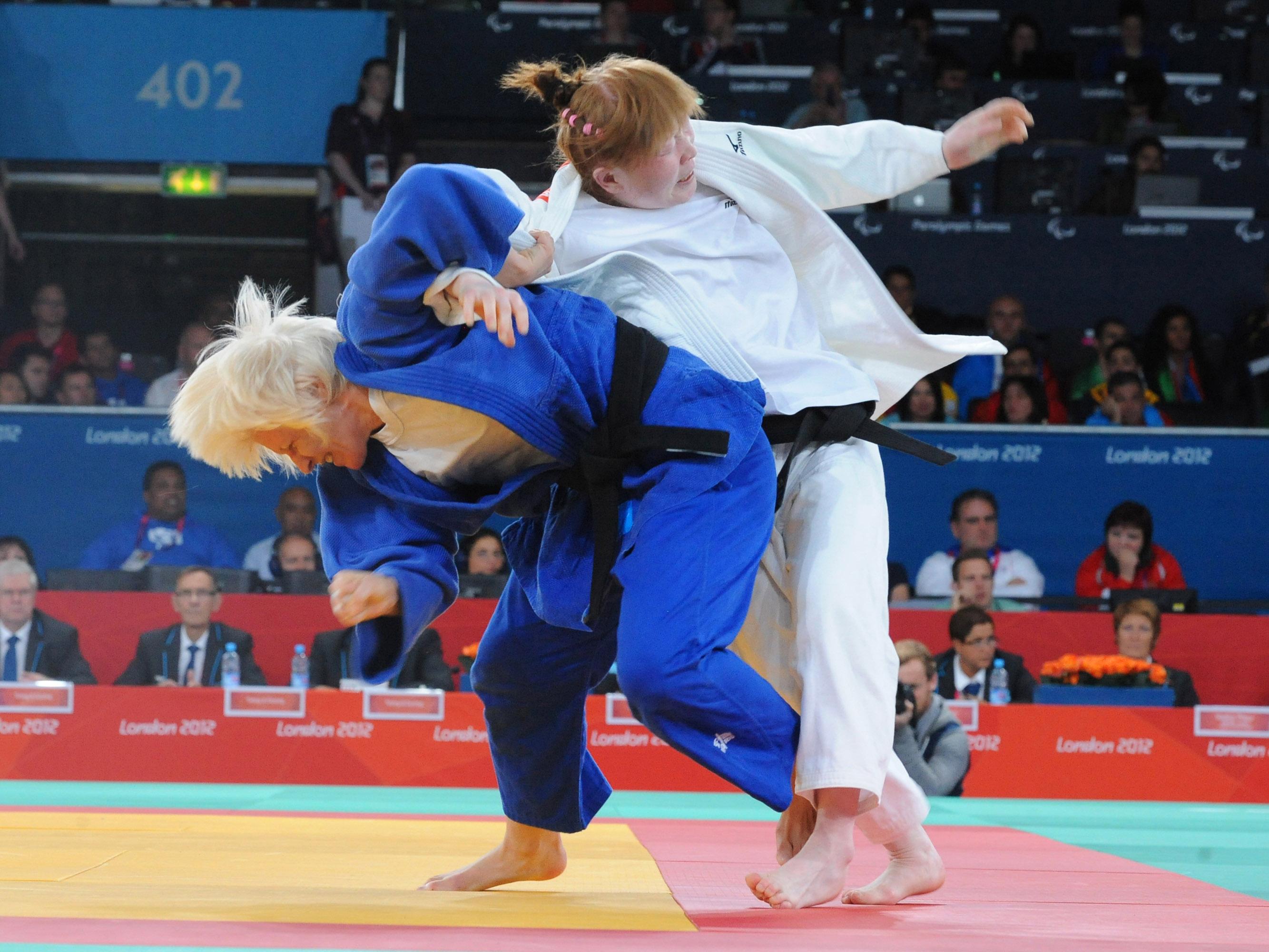 Carmen Herrera tricampeona olímpica en judo, durante una competición