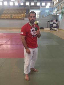 Primer plano de Abel Vázquez, quien obtuvo la medalla de bronce en el Campeonato de Andalucía Senior para deportistas sin discapacidad