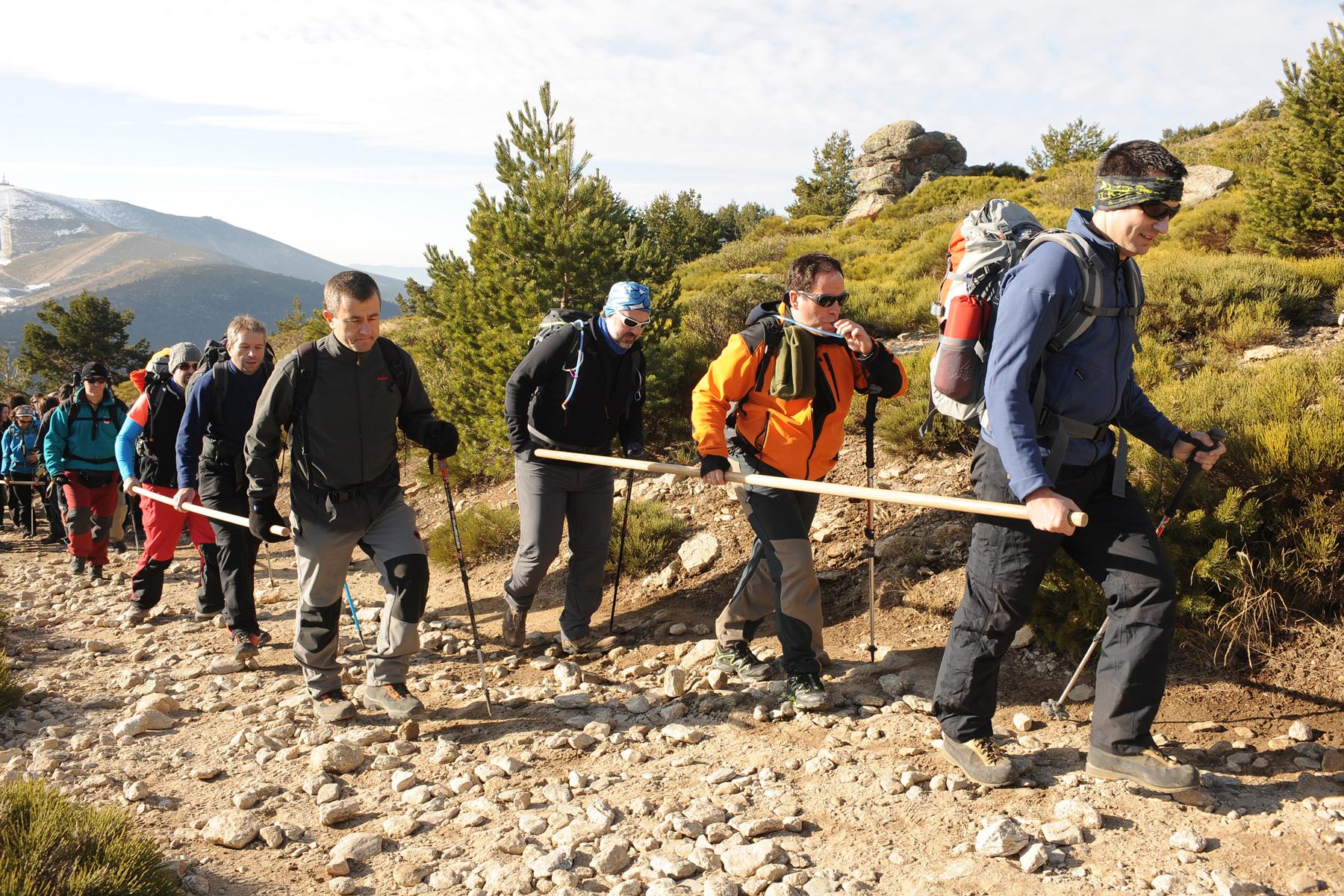 Grupo de montañeros en las pasadas jornadas de montañismo.