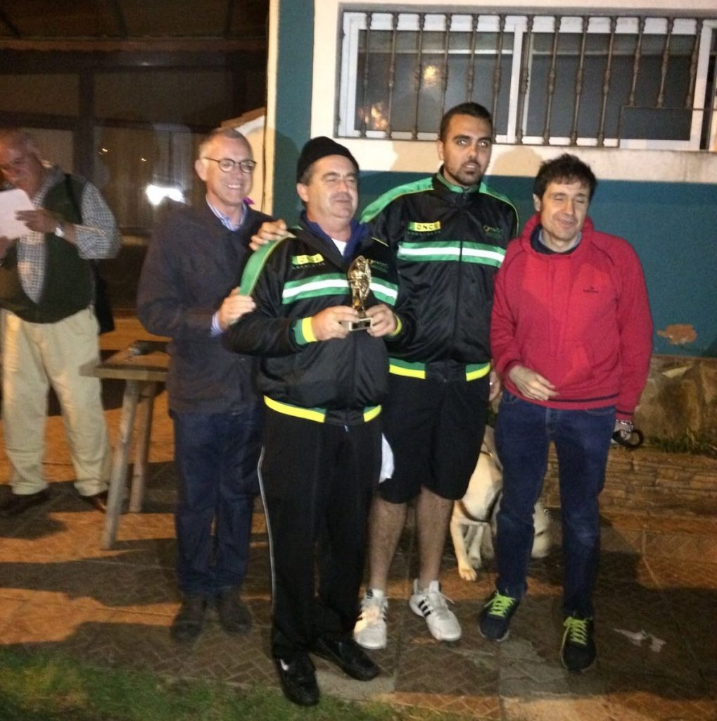 El director de la ONCE en Málaga y el director deportivo de la FADEC entregaron los trofeos