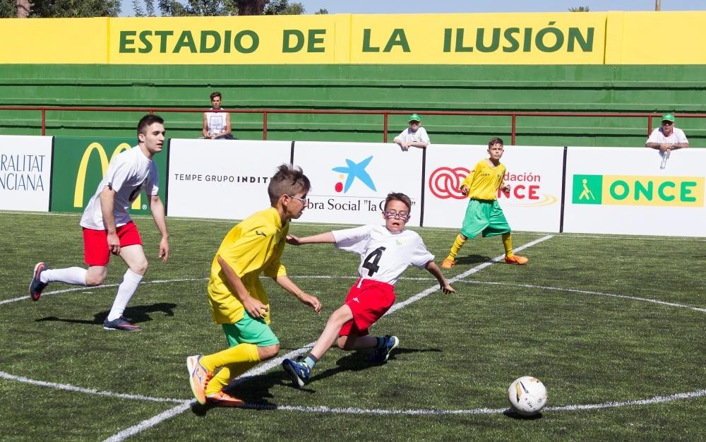 Jugada de un partido en las instalaciones del CRE de Sevilla
