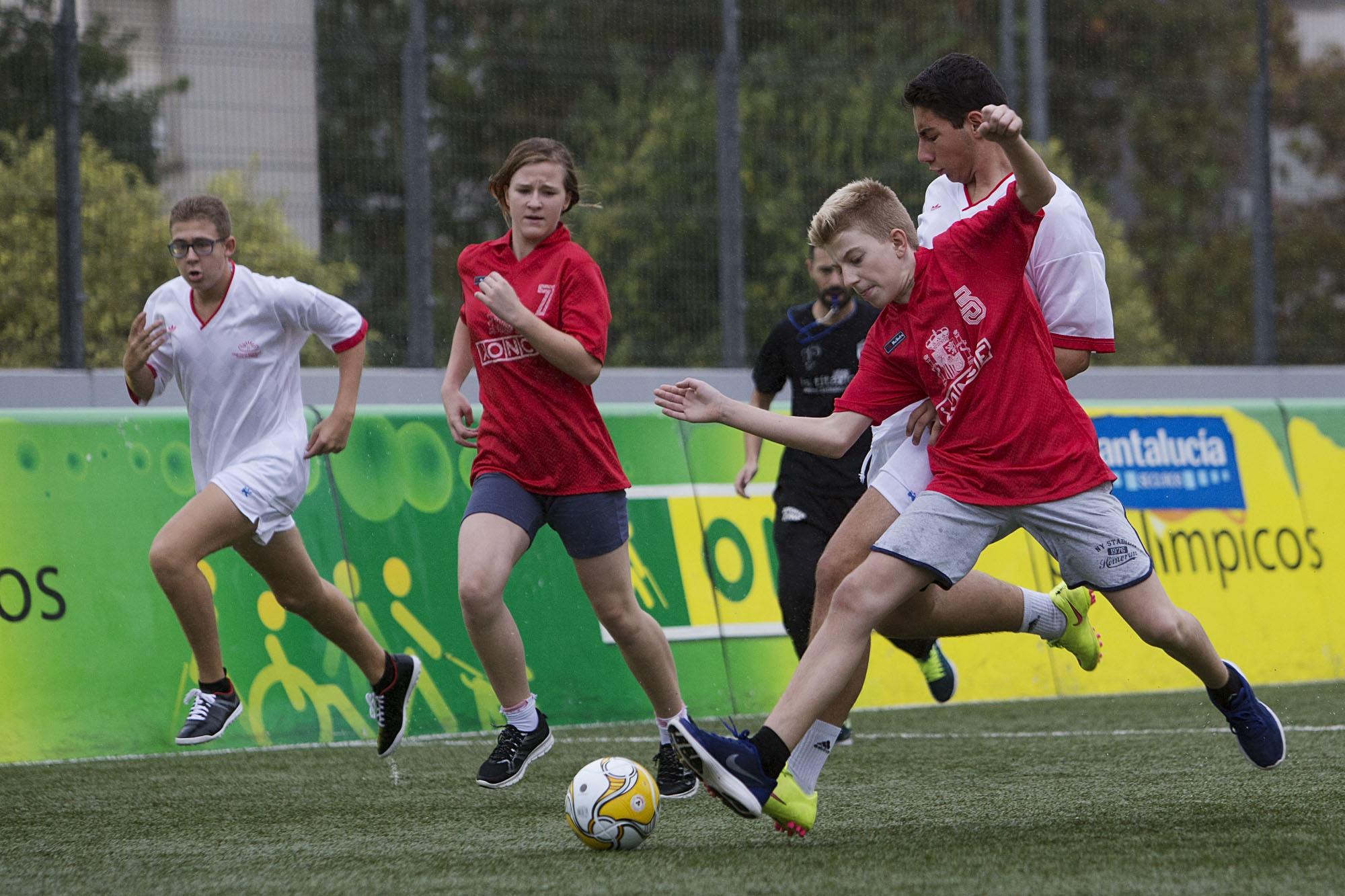 Imagen de un partido en las Escuelas Deportivas de la ONCE