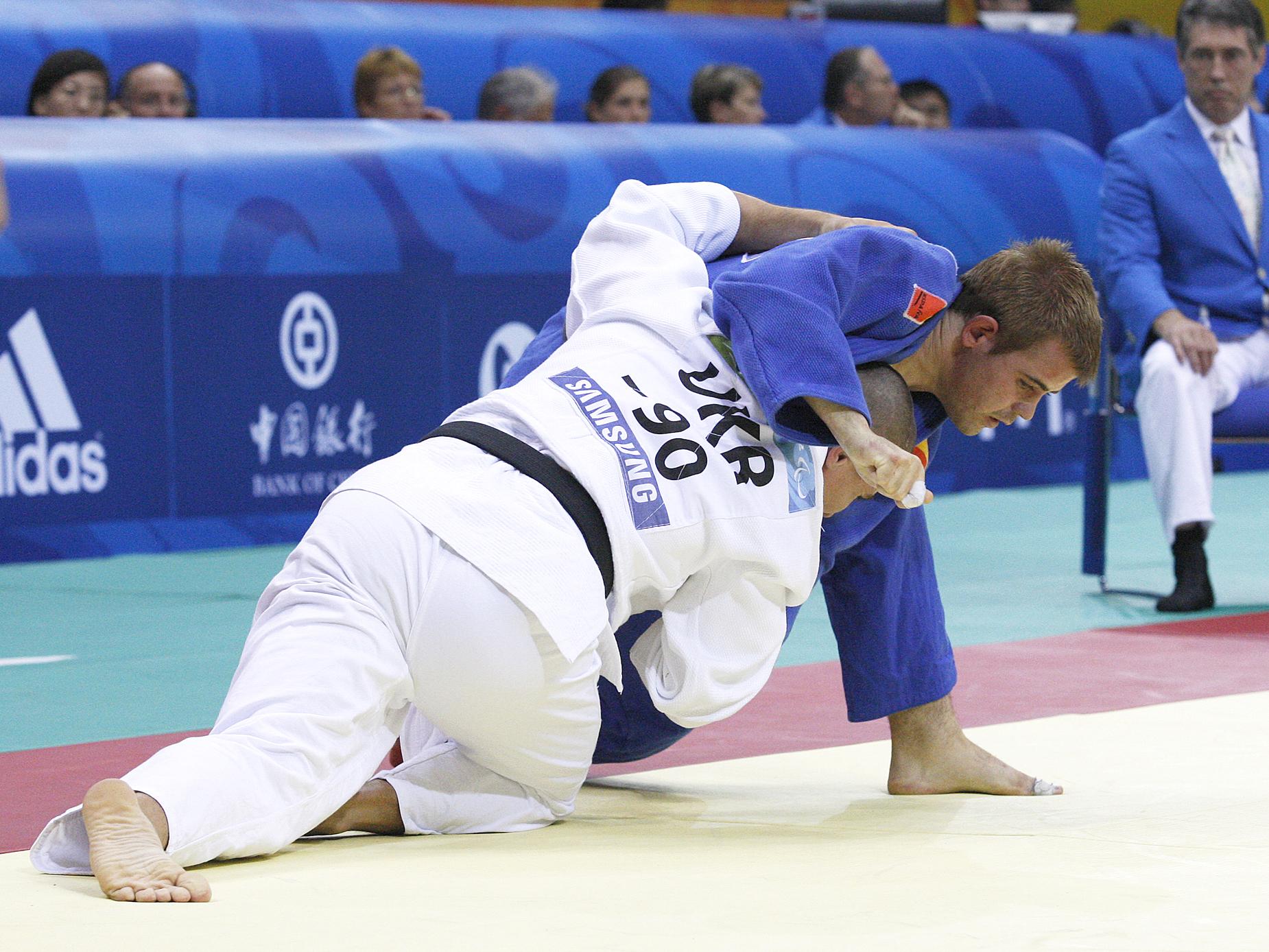 El sevillano Abel Vázquez en plena competición