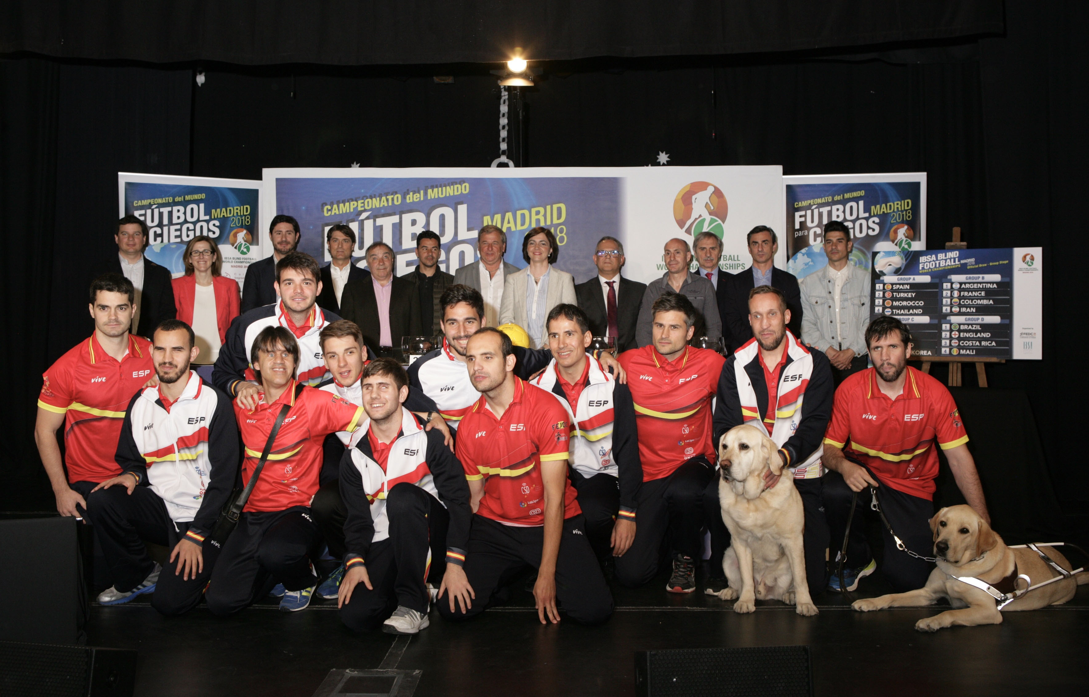 Foto de familia de la Selección Española