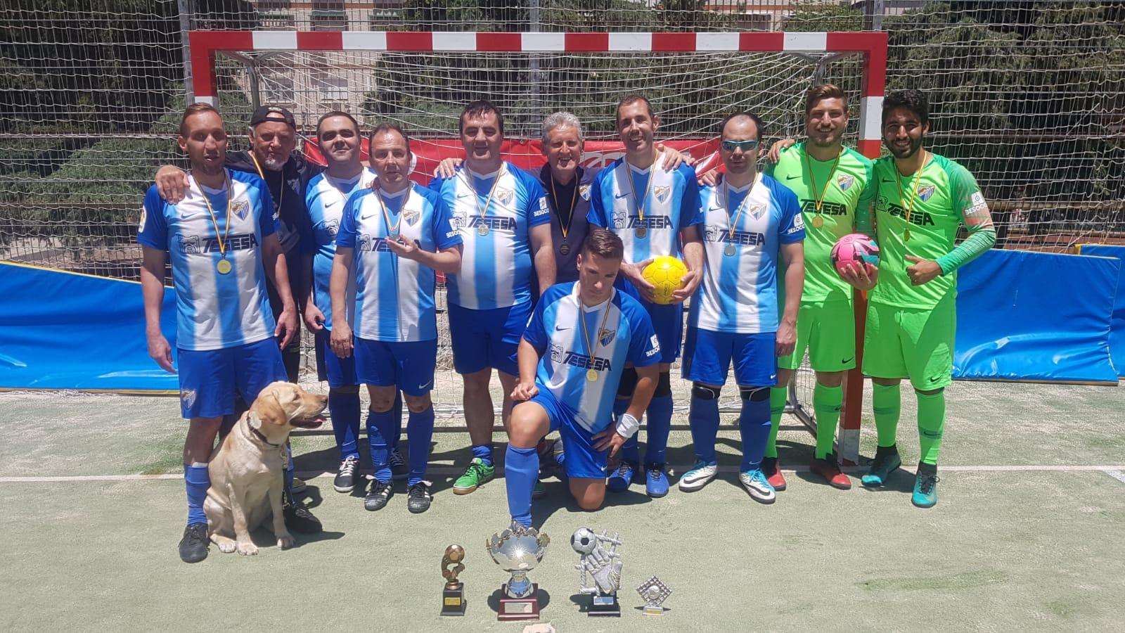 La plantilla del equipo B1 de Málaga, flamante campeón de España