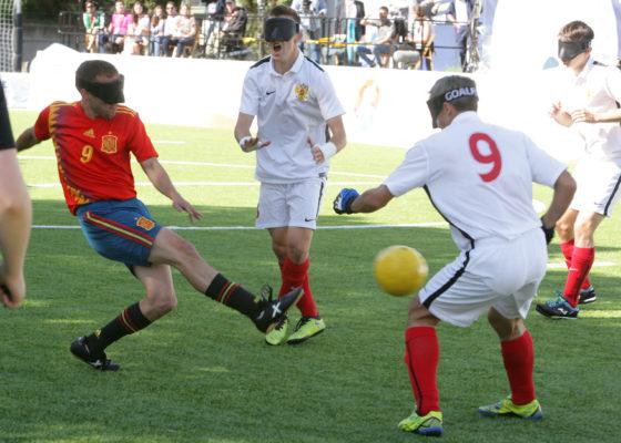 Martín Gaitán en plena faena futbolística